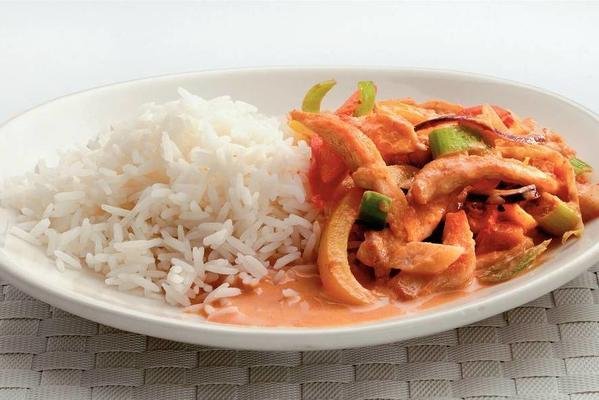 thai curry with chicken fillet