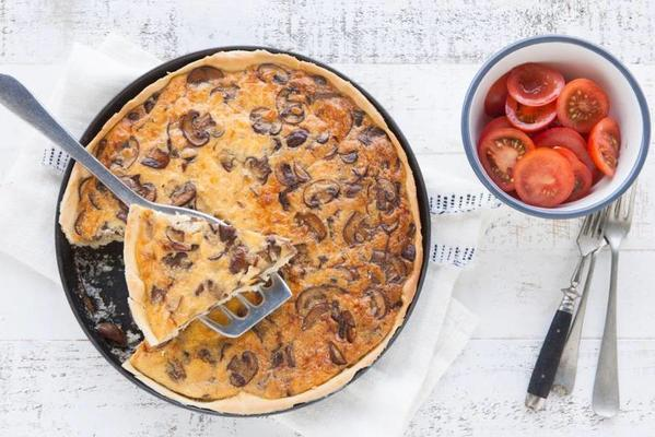 mushroom quiche with smoked cheese