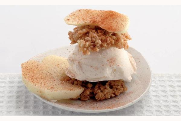 muesli ice cream tarts