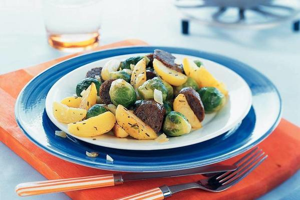 stir-fry sprouts with bratwurst