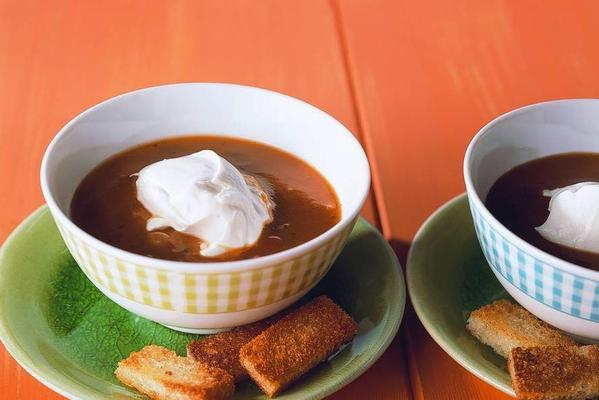 tomato soup with garlic croutons