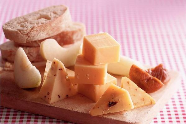 cheese-fruit platter