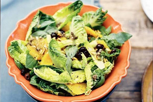 salad with orange and anchovies