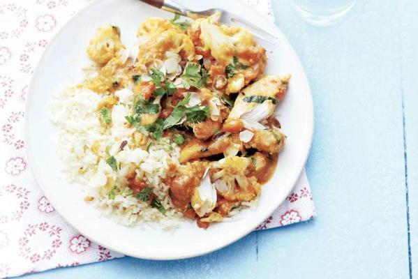 fast chicken korma with cauliflower