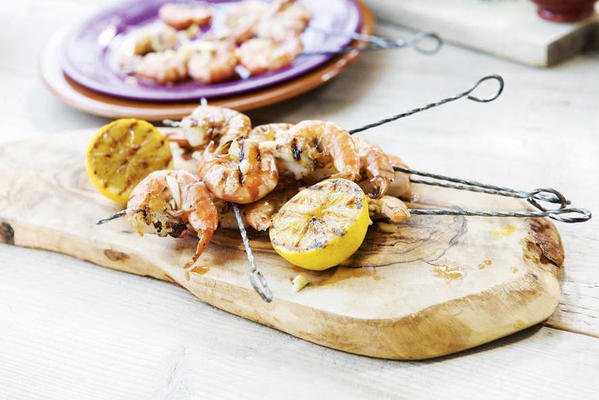 king prawns with lemon