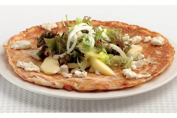 bacon-goat cheese pancake with apple salad
