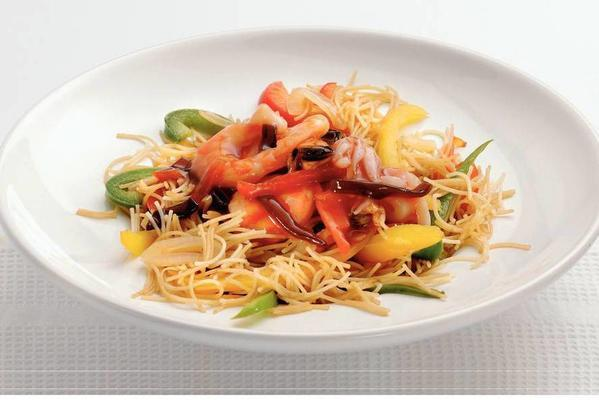 noodles with chinese seafood sauce