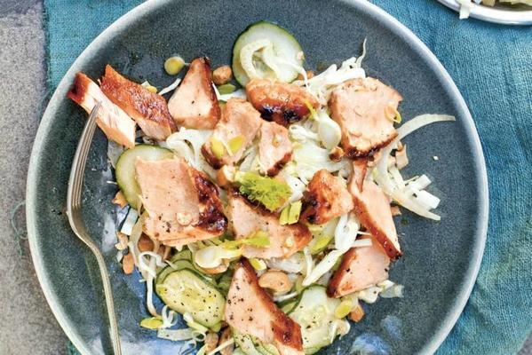 asian salad with salmon