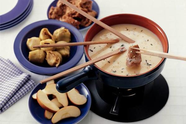 goat cheese fondue with honey and thyme