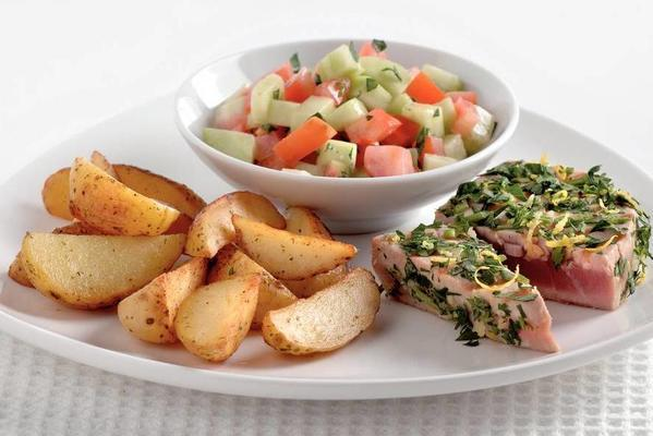 tuna steaks with parsley-lemon layer