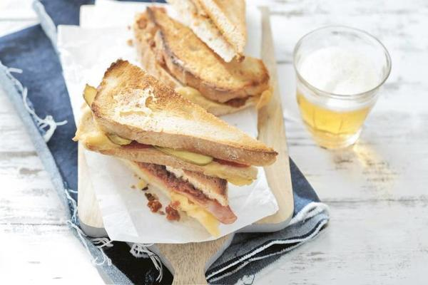 3 sandwiches with grass cheese