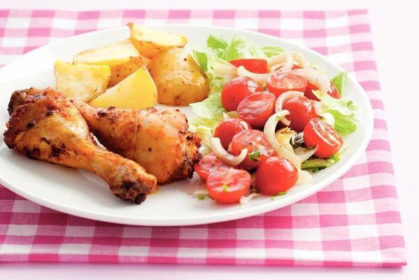 chicken drumsticks with tomato salad