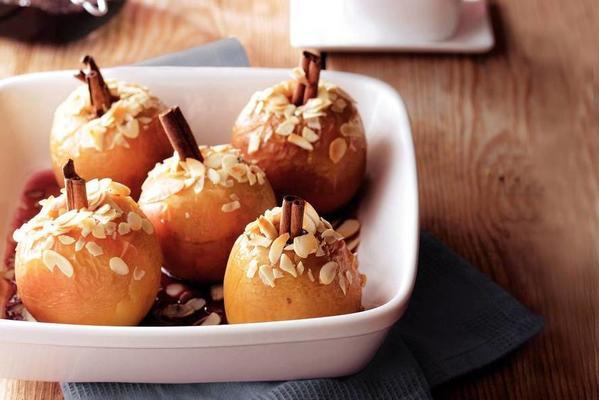 stuffed apples from the oven