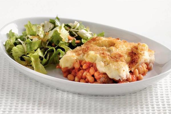 casserole white beans in tomato sauce