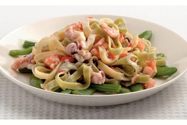 tagliatelle with salmon and fruits de mer