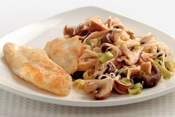 fried fish with mushroom noodles