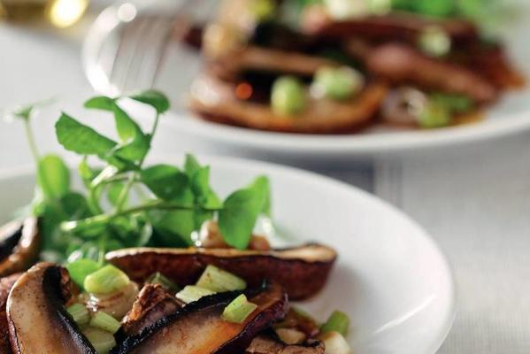 salad of portobello with spicy soy dressing