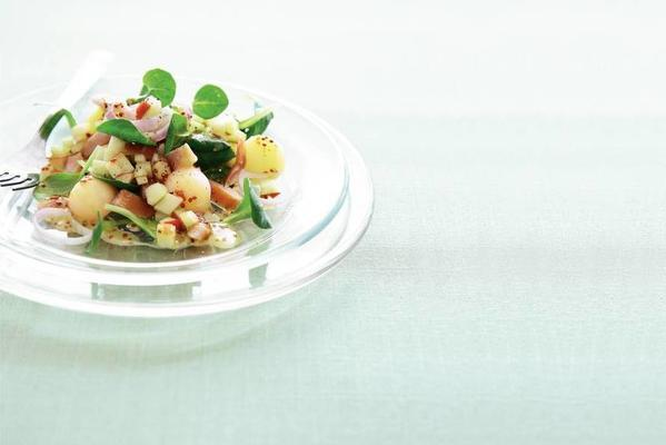 lamb's lettuce with smoked herring