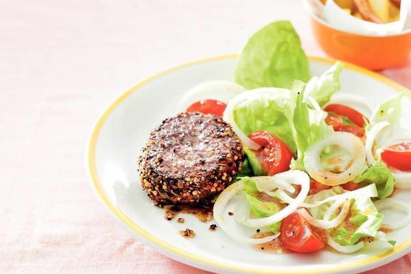 steak au poivre with farmer's salad