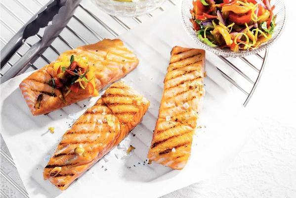 grilled salmon and paprika salsa