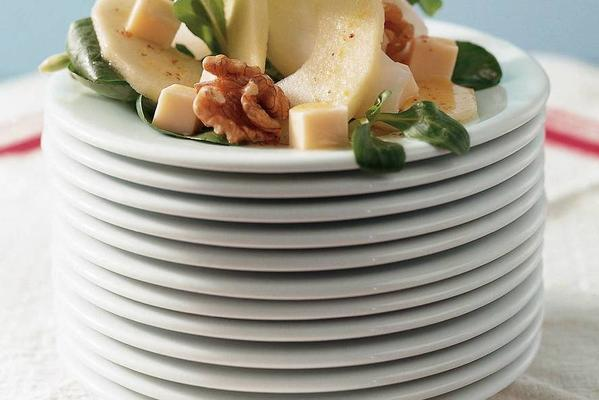salad with apple and abbey cheese