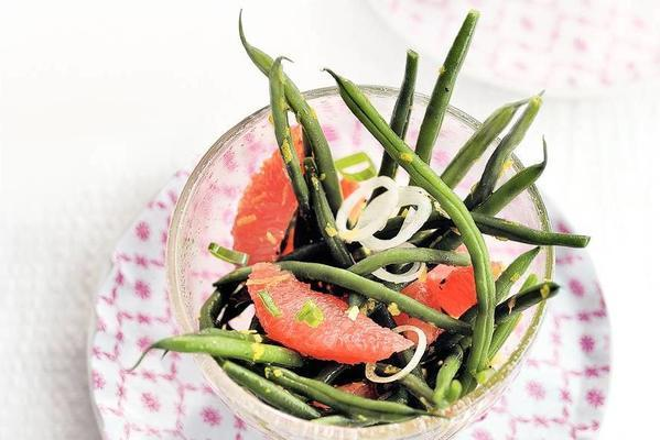 haricots verts salad with grapefruit