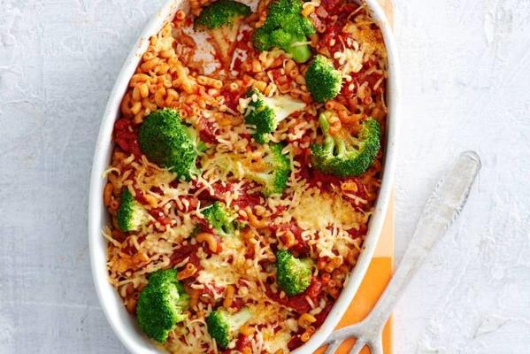 macaroni broccoli dish from the oven