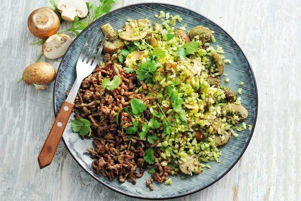 fast broccoli dish with mushrooms and minced meat