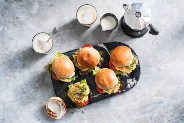 vegetarian breakfast burger with broccoli