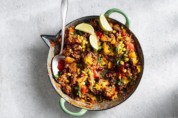 mexican one-pan dish with quinoa