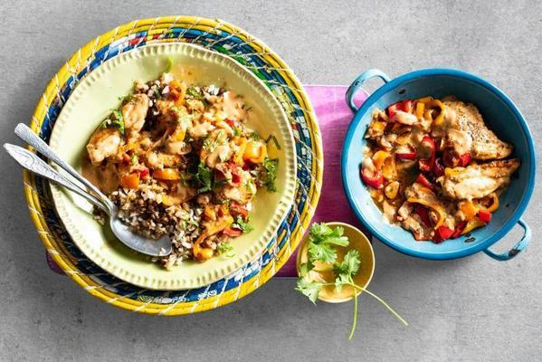 chicken in peanut sauce with paprika and lentils-cauliflower rice