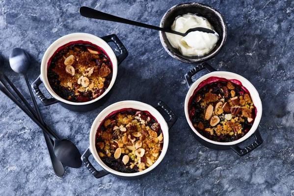blue-berry crumble