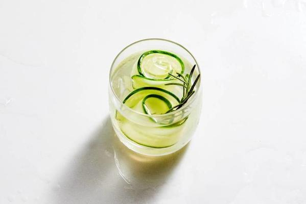 ginger beer with cucumber and rosemary