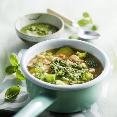 green minestrone with pesto