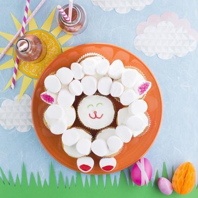 lambs cupcakes