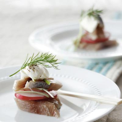 amuse of herring and radish