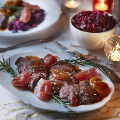 deer steaks with apricots and port sauce