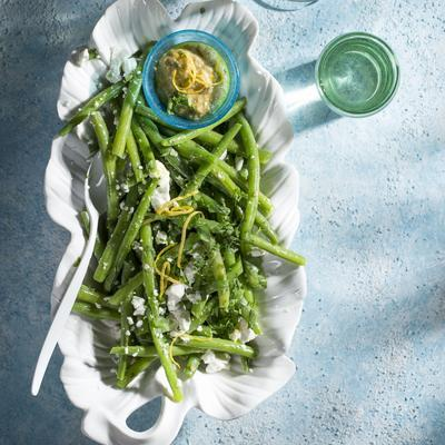 green beans with feta and almond sauce