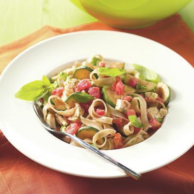 tagliatelle with zucchini, tomato and mozzarella