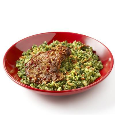 spicy kale with oriental pork chop