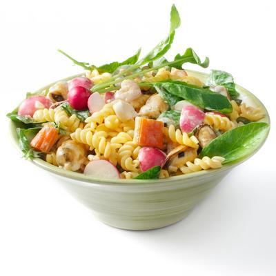 pasta with seafood and radish