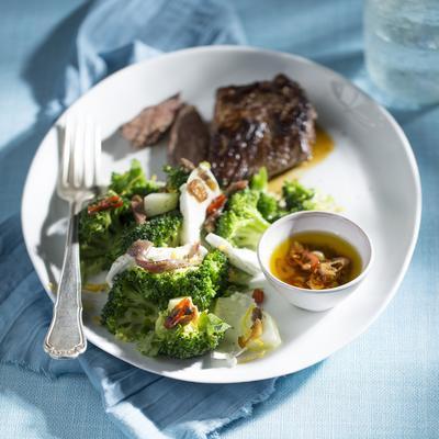 broccoli with mozzarella and anchovies