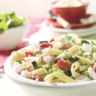 pasta with chicken, goat cheese and peas
