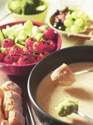 Italian cheese fondue