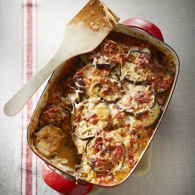 aubergine tomato dish with mozzarella and parmesan cheese