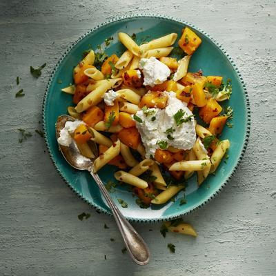 pasta with spicy pumpkin and ricotta