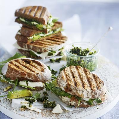 toasted sandwich with avocado, feta and walnut pesto