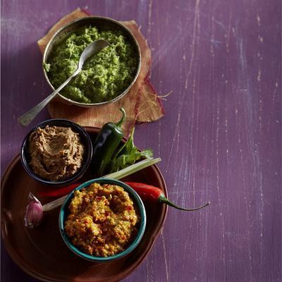 homemade mild curry paste