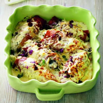 chicory dish with mascarpone and ham