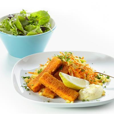 fish fingers with lemon mayonnaise and carrot rosti